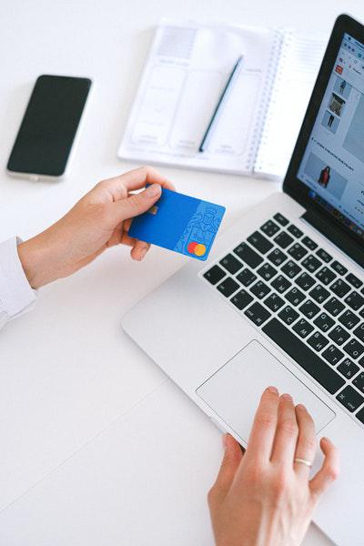 Kreditkarte mit Limit ohne Schufa